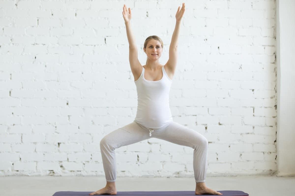 Esercizi per il settimo mese di gravidanza - Esercizi di squat per donne incinte