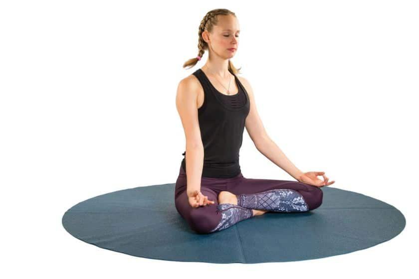 Esercizi di yoga nel primo trimestre di gravidanza: il primo esercizio
