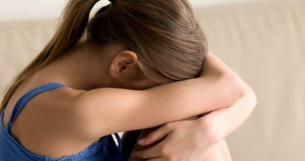 Quali sono i sintomi della morte fetale nel quarto mese?