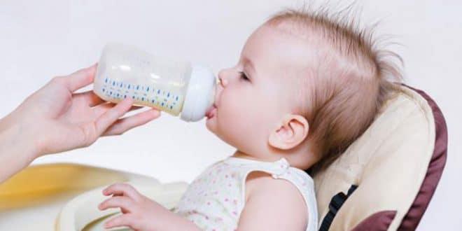 10 errori a cui prestare attenzione quando prepari un biberon per il tuo bambino