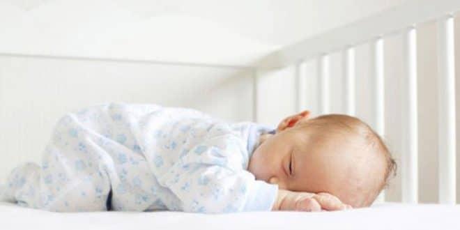 3 modi per far dormire tuo figlio nella sua culla senza fatica