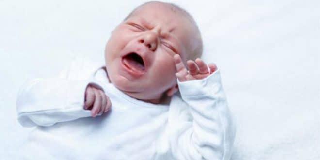 3 trucchi per lenire il pianto costante del tuo bambino