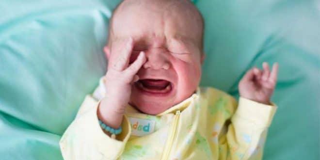 4 motivi per cui un bambino piange molto