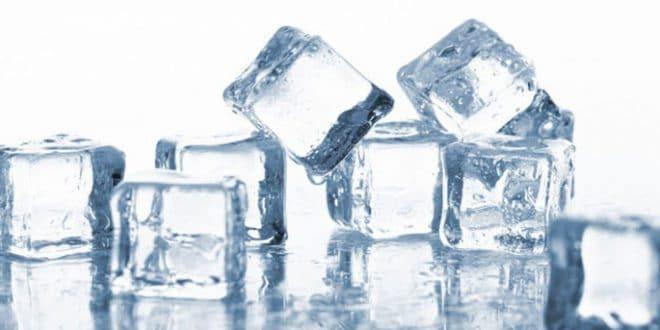 4 usi estetici di un cubetto di ghiaccio