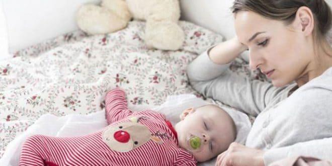 5 errori che fai del male al tuo bambino mentre dorme