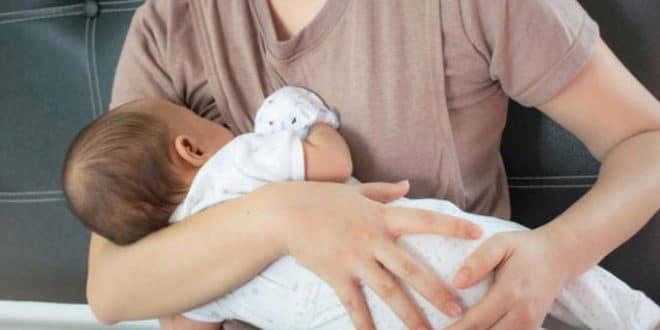 5 motivi che portano il latte a entrare nei polmoni di un bambino