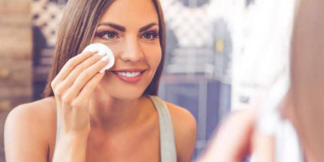 5 passaggi per pulire la pelle senza seccarla
