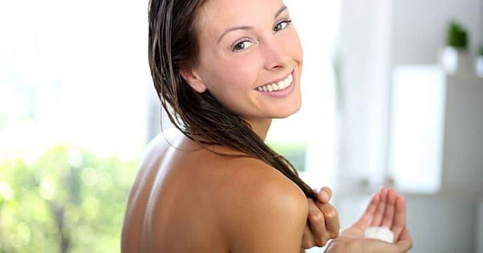 Il modo migliore per lavare i capelli