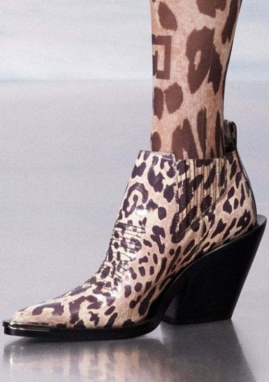 In foto: colori di borse e scarpe adatte per l'autunno e l'inverno - Mia Gravidanza