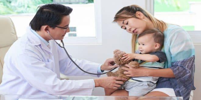 7 domande essenziali da porre al medico del tuo bambino