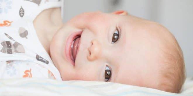 7 passaggi da seguire quando il tuo bambino ha i denti