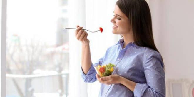 Alimenti importanti per le donne in gravidanza per la crescita del cervello del feto