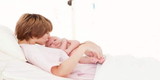 Come prendersi cura di una ferita naturale del parto