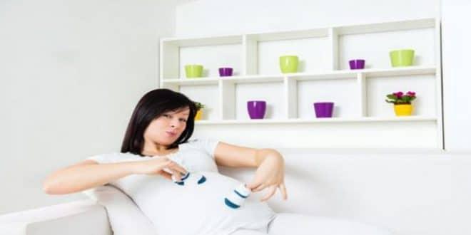 La tua guida su come gli ormoni della gravidanza influenzano il tuo corpo
