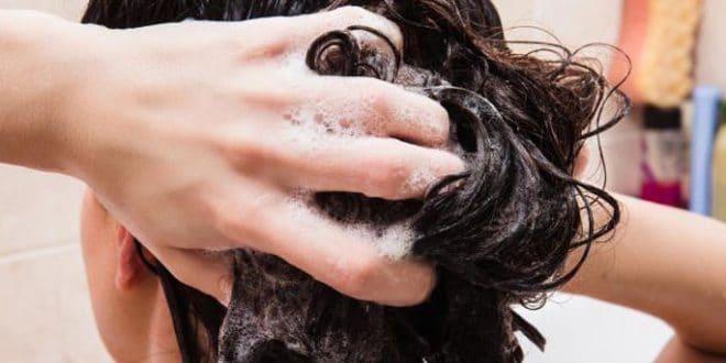 Nelle immagini: questo è il modo migliore per lavare i capelli