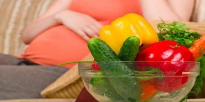 Per aumentare le possibilità di gravidanza: cibi da mangiare e altri da evitare