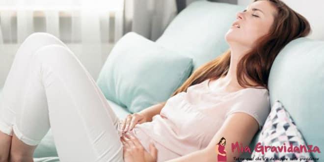 Qual è la differenza tra i primi sintomi della gravidanza e le prossime mestruazioni?